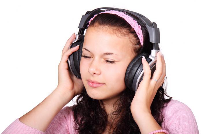 jóvenes en riesgo de sordera según la oms